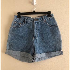 Cutoff Mom Jean Shorts Waist Size 26